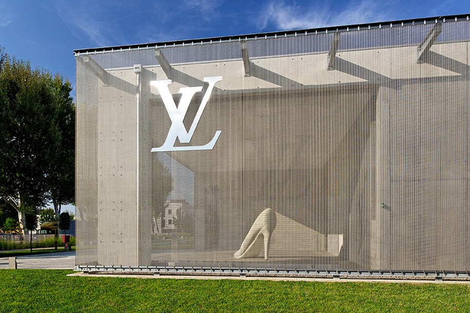 Louis Vuitton Shoe Factory, Fiesso d'Artico, Italy, Jean-Marc Sandrolini, GKD Metal Fabric, Omega 1520